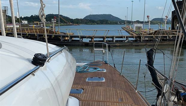 Transiting the Panama Canal with S/Y Plan B